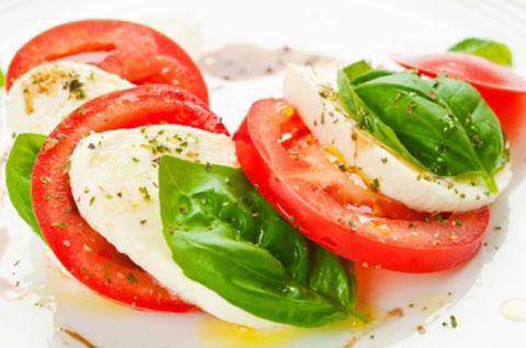 mediterran-tomate-basilikum